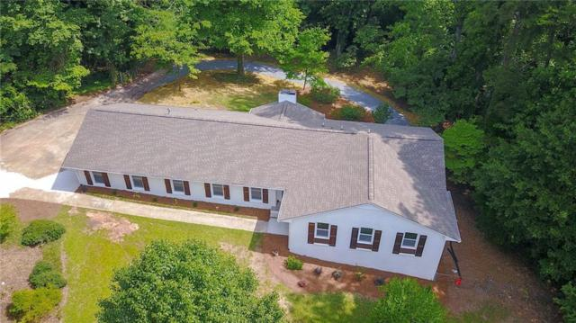 2411 Robinson Road NE, Marietta, GA 30068 (MLS #6583795) :: Charlie Ballard Real Estate