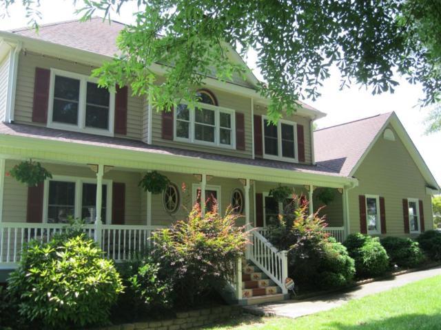 2722 Bay Creek Drive, Loganville, GA 30052 (MLS #6588224) :: The Heyl Group at Keller Williams