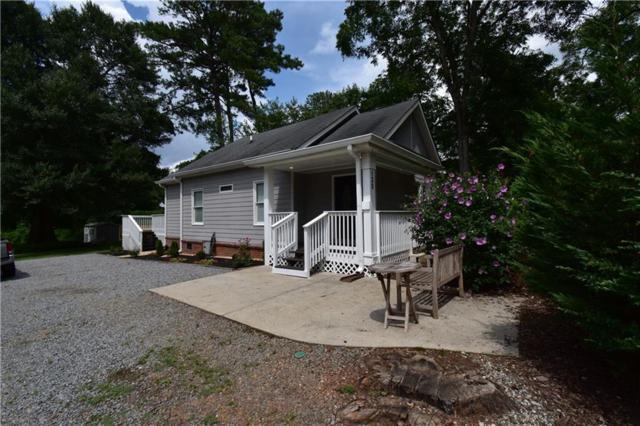 135 King Street, Roswell, GA 30075 (MLS #6588786) :: Todd Lemoine Team