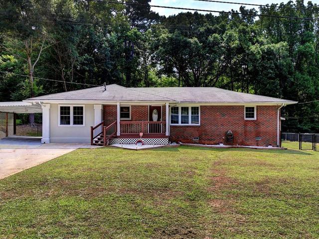 6035 Thunderwood Road, Mableton, GA 30126 (MLS #6589490) :: Iconic Living Real Estate Professionals