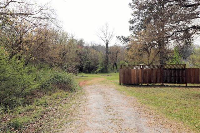2925 Hall Drive SE, Smyrna, GA 30082 (MLS #6591586) :: North Atlanta Home Team