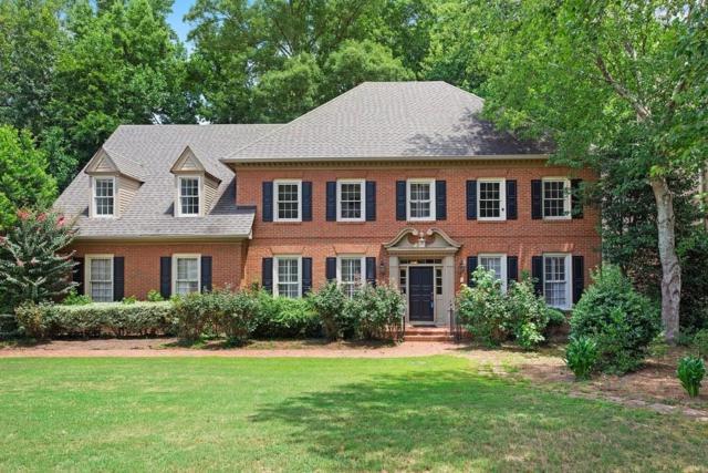 5325 Brooke Farm Drive, Dunwoody, GA 30338 (MLS #6593057) :: North Atlanta Home Team