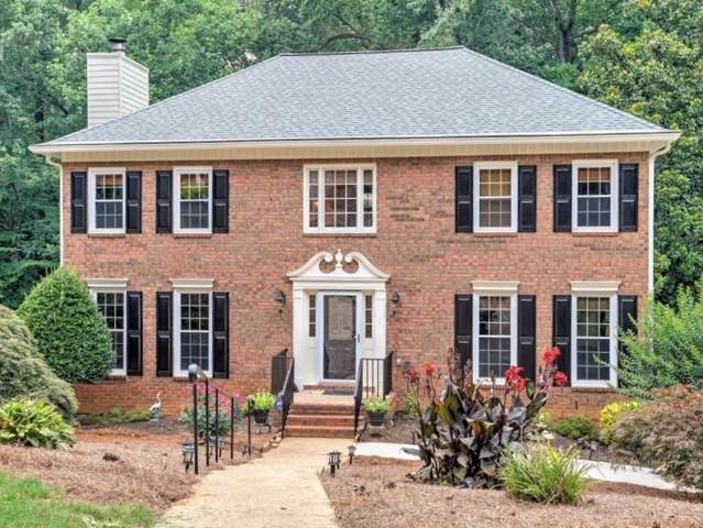 4289 Rocky Glen NE, Roswell, GA 30075 (MLS #6596069) :: North Atlanta Home Team