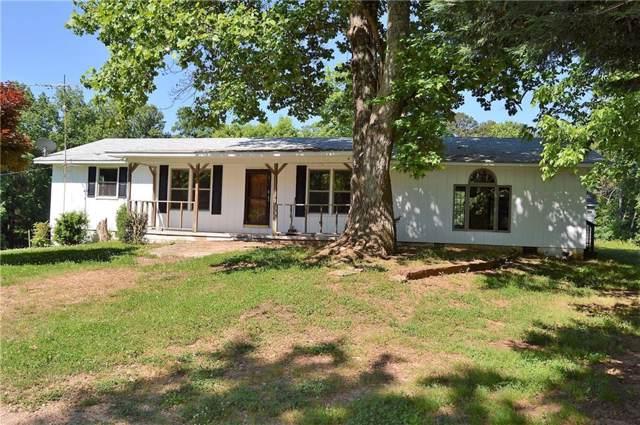 2022 Cool Springs Road, Clarkesville, GA 30523 (MLS #6599050) :: The Heyl Group at Keller Williams