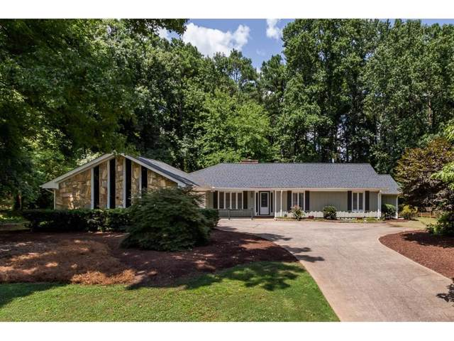 400 Saddle Horn Circle, Roswell, GA 30076 (MLS #6599411) :: North Atlanta Home Team