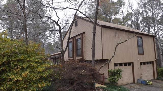 2060 John Dodgen Way, Marietta, GA 30062 (MLS #6603507) :: Rock River Realty