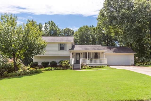 374 Russell Ridge Drive, Lawrenceville, GA 30043 (MLS #6604134) :: Charlie Ballard Real Estate