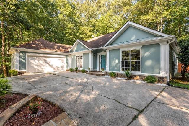 82 Oakwood Hills Drive, Suwanee, GA 30024 (MLS #6606285) :: Iconic Living Real Estate Professionals