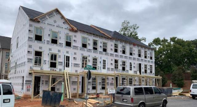 218 Bluestone Drive, Woodstock, GA 30188 (MLS #6609102) :: North Atlanta Home Team