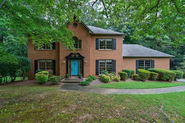 4168 Riverhill Court NE, Roswell, GA 30075 (MLS #6609669) :: North Atlanta Home Team