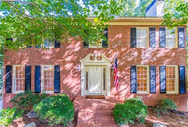 4003 Oakview Court, Alpharetta, GA 30005 (MLS #6611285) :: Path & Post Real Estate