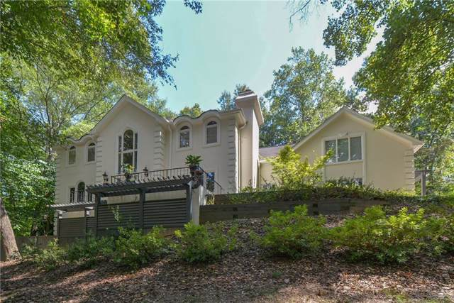 1685 Brandon Hall Drive, Sandy Springs, GA 30350 (MLS #6612843) :: North Atlanta Home Team