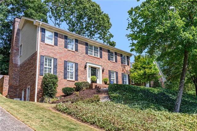 1847 Withmere Way, Dunwoody, GA 30338 (MLS #6615248) :: Dillard and Company Realty Group