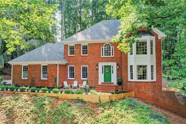 180 Hembree Circle Drive, Roswell, GA 30076 (MLS #6615618) :: The Heyl Group at Keller Williams