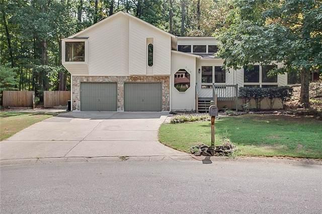 318 New Crossing Trail E, Kennesaw, GA 30144 (MLS #6616755) :: North Atlanta Home Team
