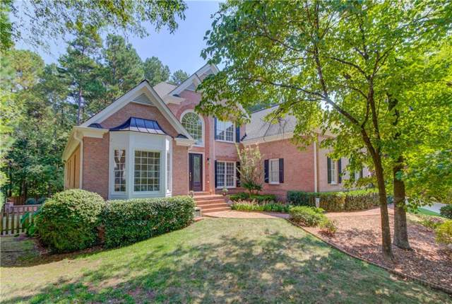 5371 Glencastle Way, Suwanee, GA 30024 (MLS #6617123) :: North Atlanta Home Team