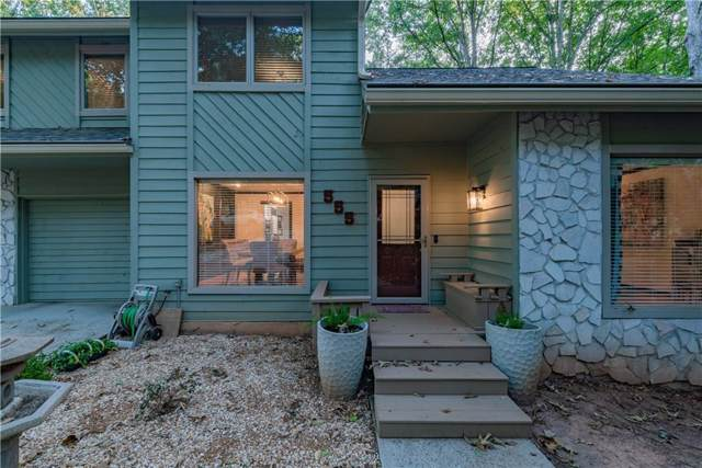 555 Woodman Place, Roswell, GA 30076 (MLS #6618700) :: The Cowan Connection Team