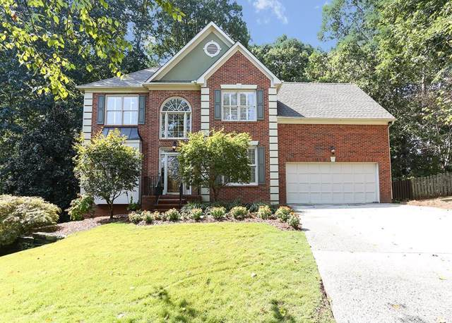 325 Camber Woods Court, Roswell, GA 30076 (MLS #6618861) :: Dillard and Company Realty Group