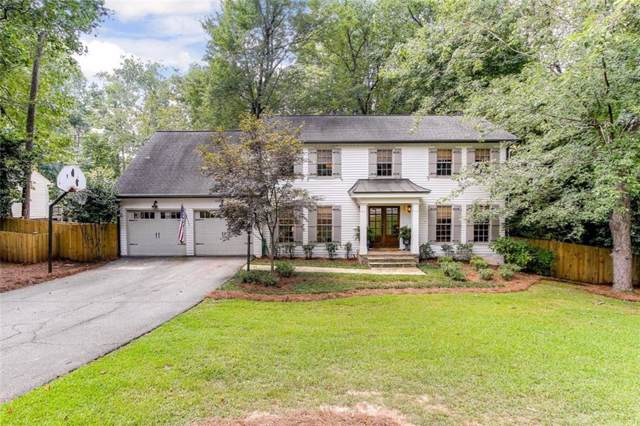 5074 Riverhill Road NE, Marietta, GA 30068 (MLS #6619740) :: North Atlanta Home Team