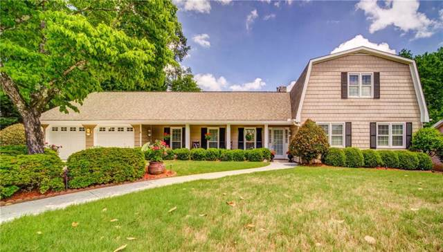 200 Bent Grass Drive, Roswell, GA 30076 (MLS #6622401) :: The Butler/Swayne Team