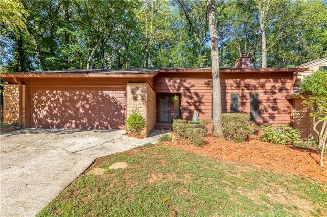 135 Lakeview Ridge E, Roswell, GA 30076 (MLS #6625310) :: North Atlanta Home Team