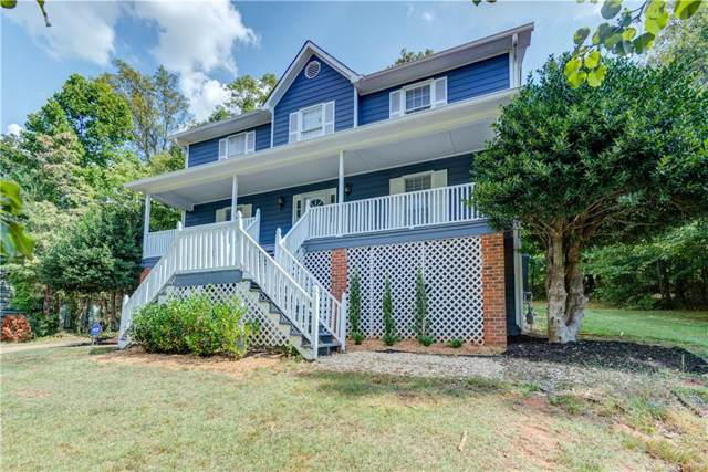 2714 Hawk Drive NE, Marietta, GA 30066 (MLS #6626923) :: North Atlanta Home Team