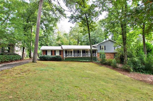 6555 Sentry Hill Trail, Sandy Springs, GA 30328 (MLS #6634643) :: KELLY+CO