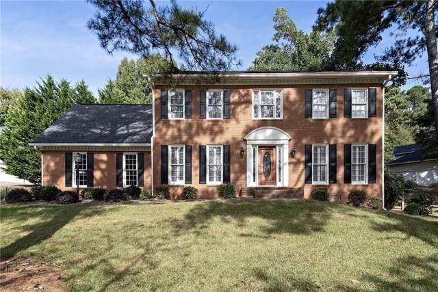 4307 Rocky Glen NE, Roswell, GA 30075 (MLS #6634735) :: RE/MAX Paramount Properties