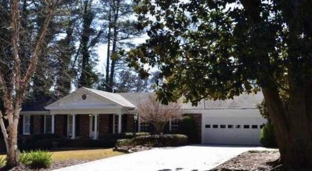 2479 Dunkerrin Lane, Dunwoody, GA 30360 (MLS #6635067) :: RE/MAX Paramount Properties