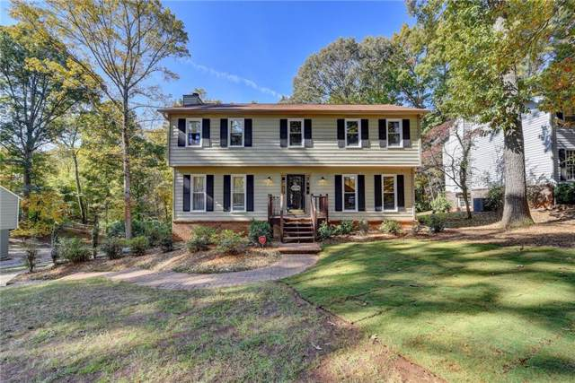 112 Ridge Road, Berkeley Lake, GA 30096 (MLS #6639420) :: The North Georgia Group