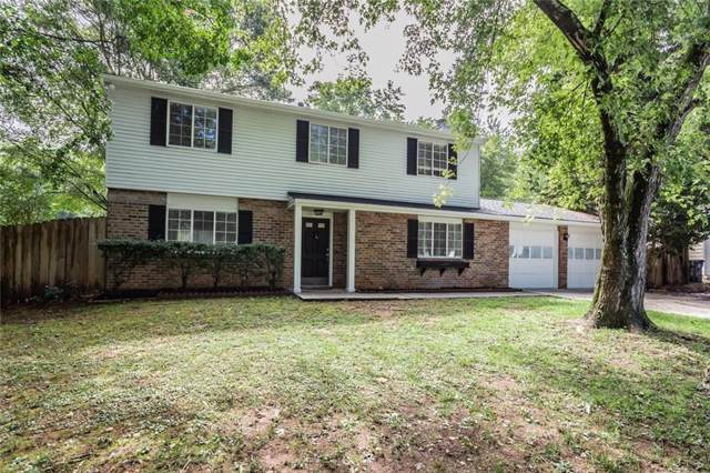 1305 Mission Hills Court, Roswell, GA 30076 (MLS #6642421) :: North Atlanta Home Team