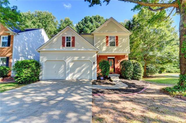 6060 Foxberry Lane, Roswell, GA 30075 (MLS #6642967) :: The Cowan Connection Team