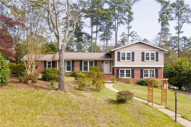 9925 La View Circle, Roswell, GA 30075 (MLS #6643151) :: The Zac Team @ RE/MAX Metro Atlanta