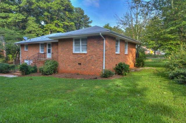 1660 Columbia Circle, Decatur, GA 30032 (MLS #6646042) :: Charlie Ballard Real Estate