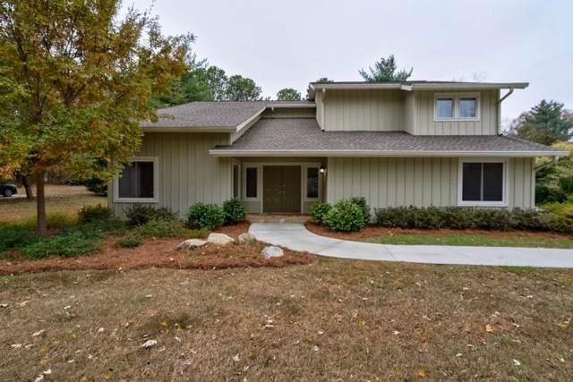 425 Saddle Creek Circle, Roswell, GA 30076 (MLS #6646166) :: North Atlanta Home Team