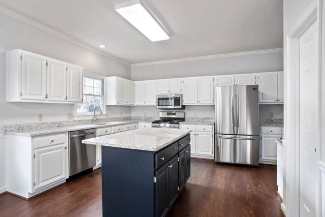 10555 Stonepoint Place, Johns Creek, GA 30097 (MLS #6648349) :: Kennesaw Life Real Estate