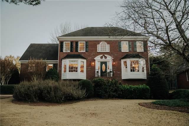 2462 Chimney Top Lane, Snellville, GA 30078 (MLS #6648638) :: Kennesaw Life Real Estate