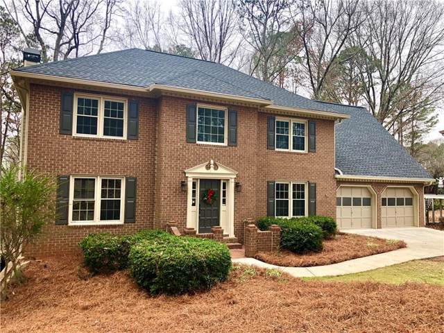 4290 Chimney Lake Drive NE, Roswell, GA 30075 (MLS #6651907) :: The Realty Queen Team