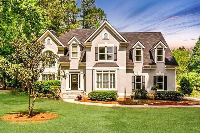 12305 Crabapple Chase Drive, Alpharetta, GA 30004 (MLS #6651986) :: North Atlanta Home Team