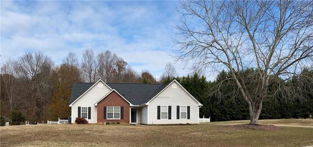 611 Magnolia Drive, Loganville, GA 30052 (MLS #6652395) :: The Hinsons - Mike Hinson & Harriet Hinson