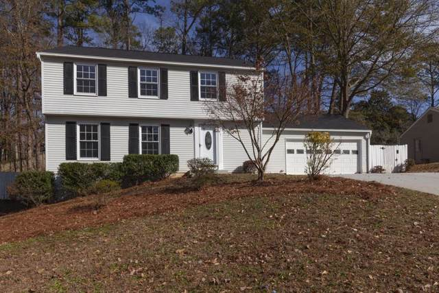 9665 N Pond Circle, Roswell, GA 30076 (MLS #6654983) :: The Realty Queen Team