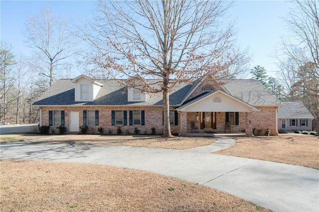 524 Lake Place Drive, Lavonia, GA 30553 (MLS #6666915) :: The Heyl Group at Keller Williams