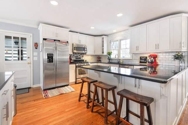 190 River Springs Drive, Sandy Springs, GA 30328 (MLS #6667099) :: Charlie Ballard Real Estate