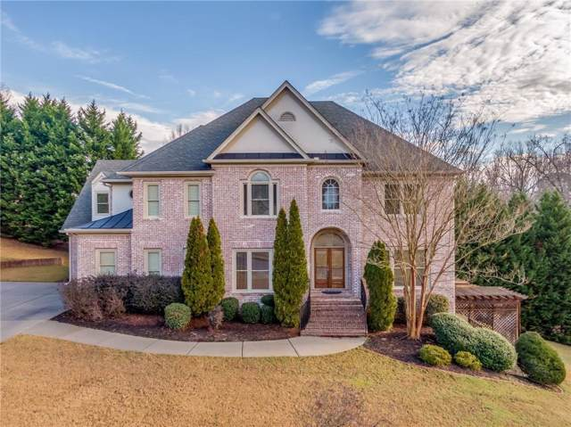 945 Chateau Forest Road, Hoschton, GA 30548 (MLS #6668425) :: The Butler/Swayne Team