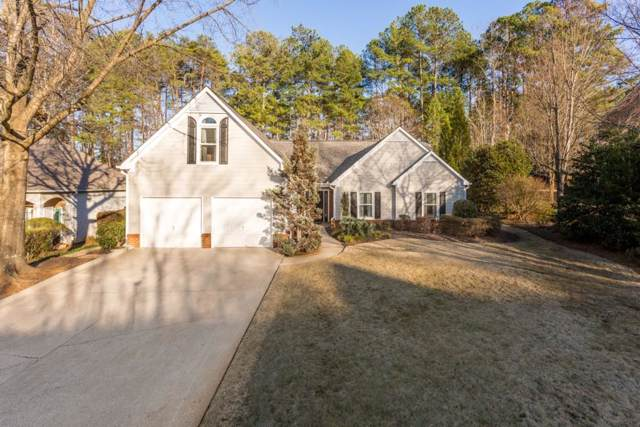 920 Evian Drive NW, Kennesaw, GA 30152 (MLS #6670302) :: The Realty Queen Team