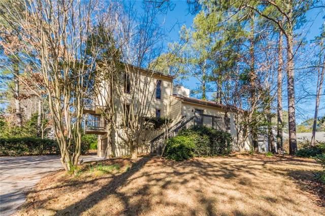 3932 Spalding Hollow, Peachtree Corners, GA 30092 (MLS #6672375) :: John Foster - Your Community Realtor