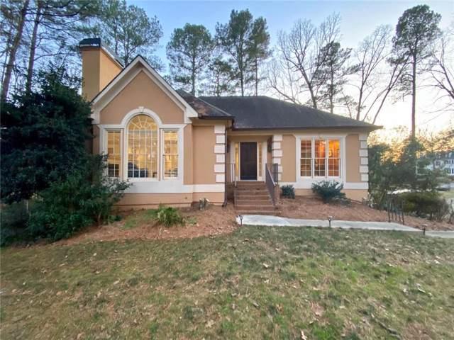 202 Mossy Place, Alpharetta, GA 30005 (MLS #6672930) :: North Atlanta Home Team