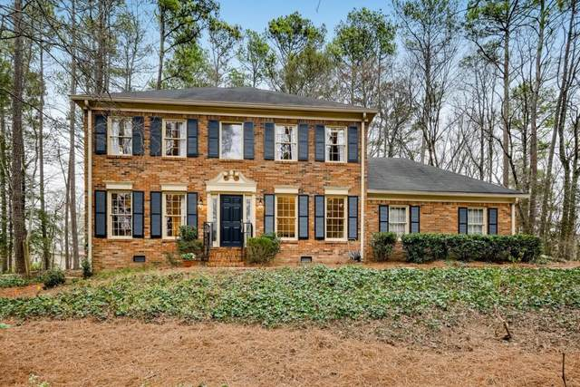2410 Roxburgh Drive, Roswell, GA 30076 (MLS #6677064) :: North Atlanta Home Team