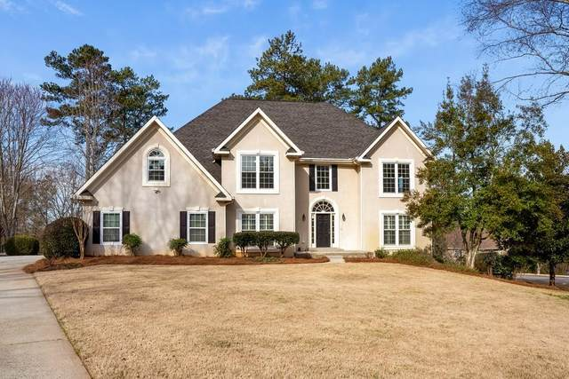 14330 Wyndham Farms Drive, Alpharetta, GA 30004 (MLS #6677952) :: RE/MAX Paramount Properties