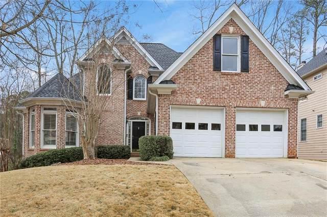 5075 Ashurst Drive, Roswell, GA 30075 (MLS #6678400) :: North Atlanta Home Team